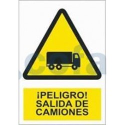 SEÑAL POLIESTILENO ¡PELIGRO! SALIDA DE CAMIONES 297X210 MM